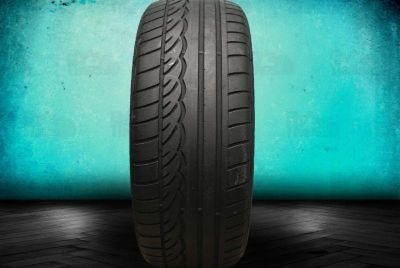 Sell Used 235/50R18 Dunlop SP Sport 01 MFS 235/50/18 RFT Tire motorcycle in Hollywood, Florida, US, for US $100.99