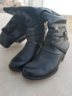 ladies boots great condition, 7 1/2
