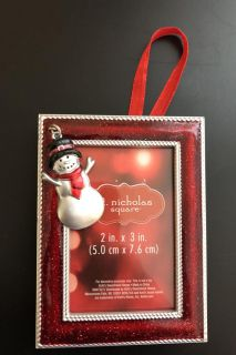 Picture frame ornament with snowman charm
