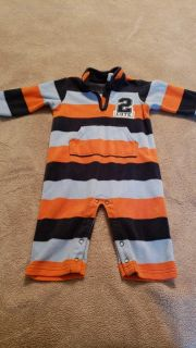Carter's size 9 month fleece outfit.