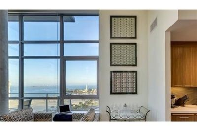 2 bedrooms Apartment - Just Steps Away From Cool Ocean Breezes and Warm Sandy Beaches.