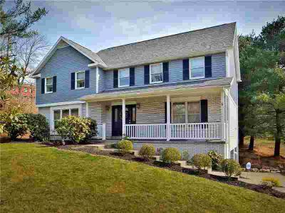 101 Oak Pointe Dr Monroeville Four BR, Great family home.