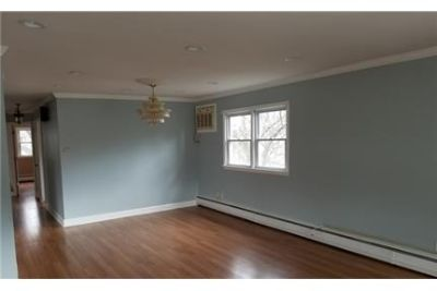 Magnificent Corner 2BR, master suite with walk-in closet.