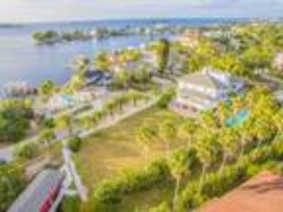 Land for Sale by owner in Palm Harbor, FL