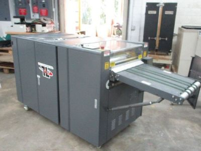 "TEC Lighting Truvil-16D 16"" UV Coater RTR#8053415-01"