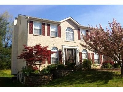 4 Bed 3.5 Bath Foreclosure Property in Saint Louis, MO 63129 - Crystal Lake Ct
