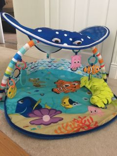 Disney baby - Mr. ray lights and sounds play gym