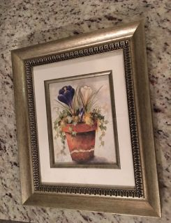 Three sets of decorative flower picture frame