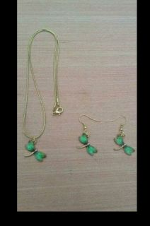new in package necklace and earring set