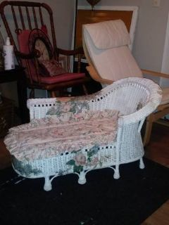 Small Miniature White Wicker Chaise Lounge With Painted Flowers
