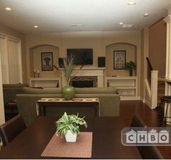 $3300 3 townhouse in Lake Oswego