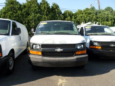 2006 Chevrolet Express 2500 2500 (White)