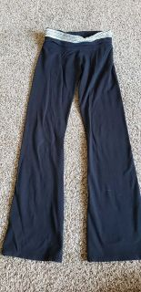 Girls SO yoga pants size 10 great condition