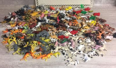 Huge Lot Collectible Vintage Plastic Toy Animals Marx Arco Etc. Farm Jungle Zoo & Wild Animals. CP