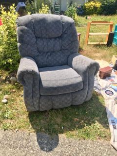 Free recliner