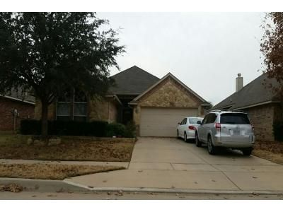 3 Bed 2 Bath Preforeclosure Property in Hurst, TX 76053 - Edgepoint Trl