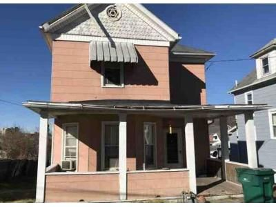 3 Bed 1 Bath Foreclosure Property in Clarksburg, WV 26301 - Harrison St