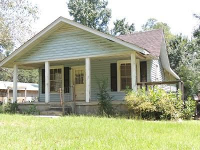 2 Bed 1 Bath Foreclosure Property in Albany, GA 31705 - Worthwood Rd