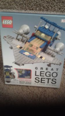 Lego Set + Book, NEW