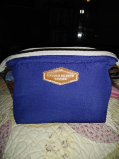 Small makeup bag great for purse see other pics
