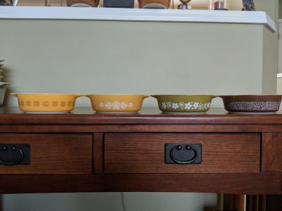 Pyrex Assorted Dishes