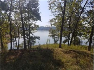 $169,900, 554 Channel Point Drive - Ph. 423-748-8811