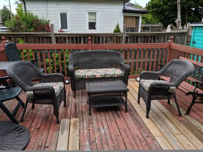 Oakland Cushioned Resin Wicker 4 Piece Patio Set