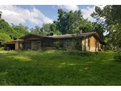 1 Bath Preforeclosure Property in Dardanelle, AR 72834 - Bowman Dr
