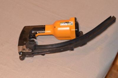 Stanley Hartco HR-85C-100 Pneumatic Clinching Tool