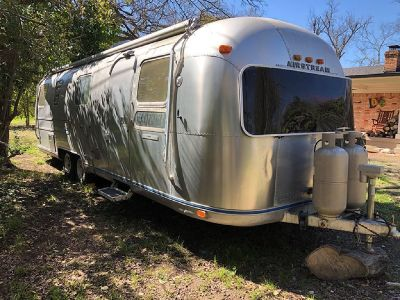 By Owner! 1975 32 ft. Airstream International
