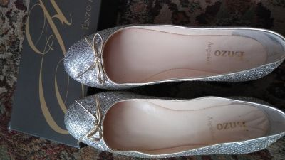 Womens dress shoes (flats)