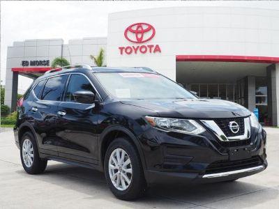 2017 Nissan Rogue SV (Black)