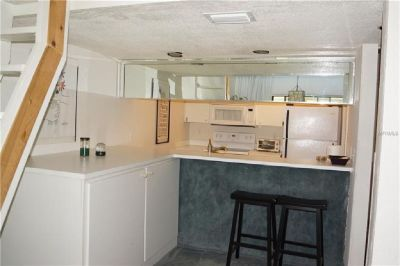 THIS BEAUTIFUL CONDO WITH 2 BEDROOM 2 BATHS.