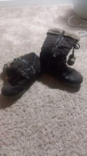 Leather boots for little girl