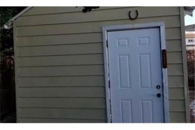 House for rent in Hicksville. Washer/Dryer Hookups!