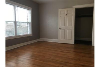RARE 1 Bedroom in Detroit Shoreway