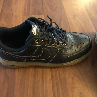 Size 9 Black & Gold Air Force 1 s