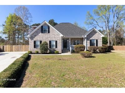 3 Bed 2 Bath Foreclosure Property in Florence, SC 29501 - Sterling Dr