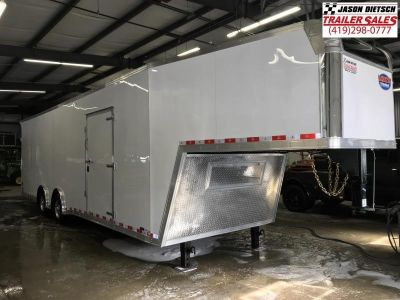 2019 United UXGH 8.5X36 Wide Body Gooseneck Tandem Axle Flat