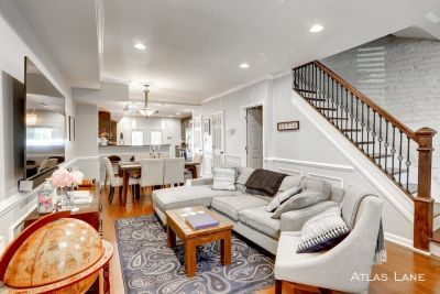 Renovated 3BD/3.5BA + Den Row Home in Petworth