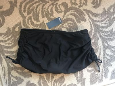 Old Navy brand NEW with tags swim bottoms cinched sides that tie, super cute ppu