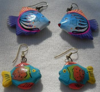 Wooden Fish Earrings 2 Pr Painted