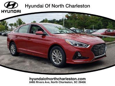 2019 Hyundai Sonata SE (Scarlet Red)