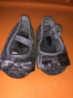 3w Teeny toes silver sparkle