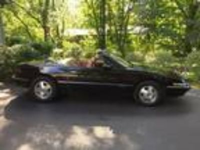 Classic For Sale: 1990 Buick Reatta 2dr Convertible for Sale by Owner