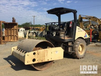 Ingersoll-Rand SD-77DX TF Vibratory Single Drum Compactor