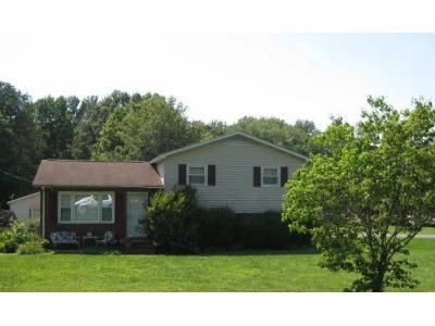 1.5 Bath Preforeclosure Property in Salisbury, NC 28146 - Ed Weavers Rd