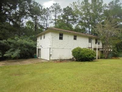 2 Bed 2 Bath Foreclosure Property in Gulfport, MS 39503 - Maes Ln