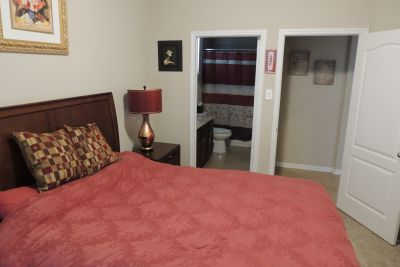 FURNISHED PRIVATE BEDROOM/BATHROOM - ALL BILLS PAID