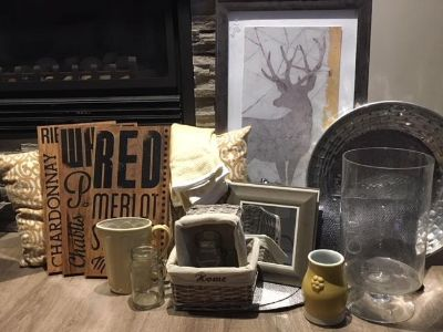 Pictures & Accessories (grey & yellow)